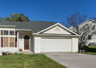 Pre Foreclosure in Knoxville 37914 BANYAN LN - Property ID: 1642288782