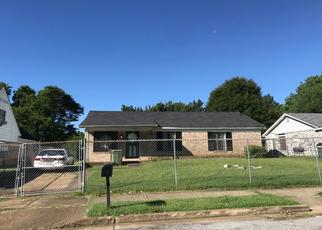 Pre Foreclosure in Memphis 38109 PELICAN LN - Property ID: 1642292268