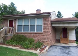 Pre Foreclosure in Kingsport 37663 HOLLAND DR - Property ID: 1642296212