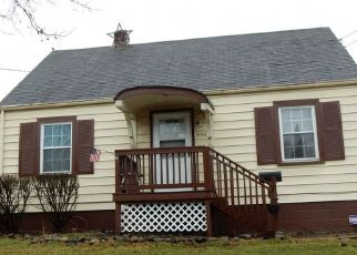 Pre Foreclosure in Akron 44306 AUSTIN AVE - Property ID: 1642345719