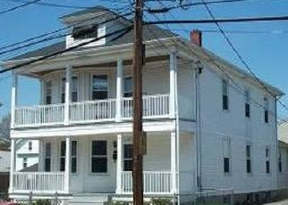 Pre Foreclosure in Cumberland 02864 DEXTER ST - Property ID: 1642590540