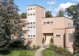 Pre Foreclosure in Lincoln Park 07035 ROSENBROOK DR - Property ID: 1642719748