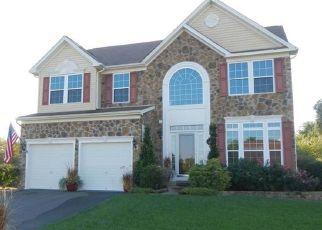 Pre Foreclosure in Essex 21221 WALNUT GROVE RD - Property ID: 1642762215