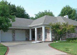 Pre Foreclosure in Broken Arrow 74014 N FOREST RIDGE BLVD - Property ID: 1643049536
