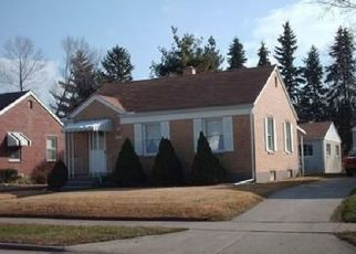 Pre Foreclosure in Dayton 45439 FULTON AVE - Property ID: 1643089389