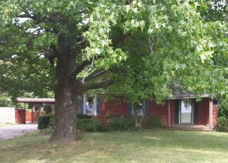 Pre Foreclosure in Crossville 62827 COUNTY ROAD 1950 E - Property ID: 1643855405
