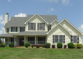 Pre Foreclosure in Radcliff 40160 IRELAND SCHOOL RD - Property ID: 1643872486