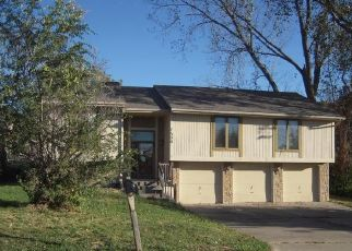 Pre Foreclosure in Kansas City 66112 TAUROMEE AVE - Property ID: 1465924530