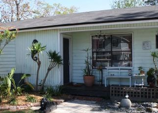 Pre Foreclosure in Atlantic Beach 32233 VIOLET ST - Property ID: 1643946958