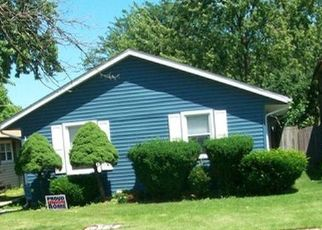 Pre Foreclosure in Tinley Park 60487 HIGHVIEW AVE - Property ID: 1644077462
