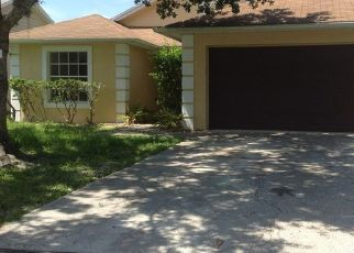 Pre Foreclosure in Orlando 32825 BLUE FOX CT - Property ID: 1644238638