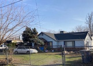 Pre Foreclosure in Olivehurst 95961 8TH AVE - Property ID: 1644495734