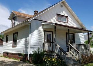 Pre Foreclosure in Racine 53402 CHARLES ST - Property ID: 1645190801