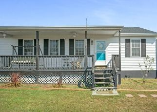 Pre Foreclosure in Tappahannock 22560 SUNNYSIDE RD - Property ID: 1645246860