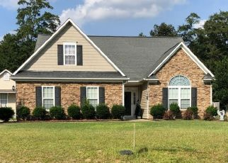 Pre Foreclosure in Hope Mills 28348 VALLEY FALLS RD - Property ID: 1645400580