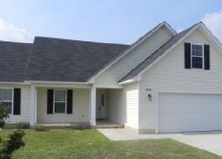 Pre Foreclosure in Fayetteville 28314 WINDFLOWER DR - Property ID: 1645411978