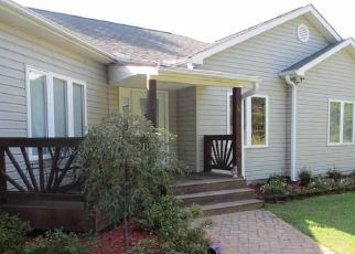 Pre Foreclosure in Aberdeen 28315 LAKESIDE DR - Property ID: 1645421601