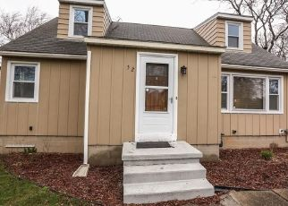 Pre Foreclosure in Rochester 14626 KNOB RD - Property ID: 1645463653