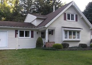 Pre Foreclosure in Rochester 14624 KERNWOOD DR - Property ID: 1645480287