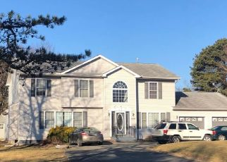 Pre Foreclosure in Long Pond 18334 CLOVER RD - Property ID: 1645668624