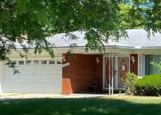 Pre Foreclosure in Southfield 48033 THORNDYKE ST - Property ID: 1645970830