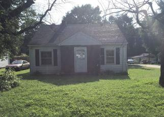 Pre Foreclosure in Yanceyville 27379 OAK TREE ST - Property ID: 1645993600