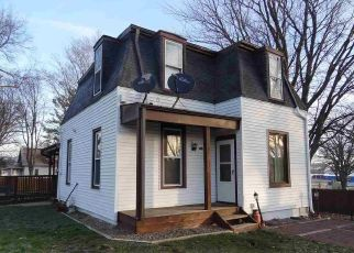 Pre Foreclosure in Williamsburg 52361 E STATE ST - Property ID: 1646497710