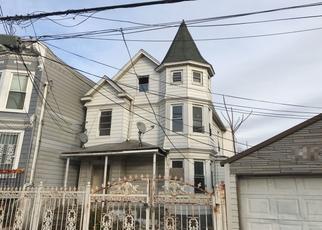 Pre Foreclosure in Bronx 10467 BARNES AVE - Property ID: 1647146790