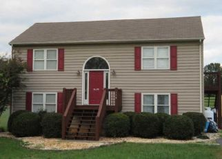 Pre Foreclosure in Evington 24550 CRESTFIELD DR - Property ID: 1647256717