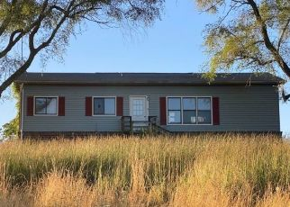Pre Foreclosure in New Oxford 17350 NEW CHESTER RD - Property ID: 1647451165