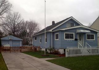 Pre Foreclosure in Cleveland 44126 W 223RD ST - Property ID: 1647496729