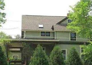 Pre Foreclosure in Iowa City 52240 IOWA AVE - Property ID: 1648043763