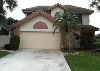 Pre Foreclosure in Boynton Beach 33472 BITTERBUSH PL - Property ID: 1648105506