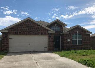 Pre Foreclosure in Pinehurst 77362 SARA LN - Property ID: 1648402455