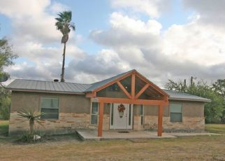 Pre Foreclosure in Hondo 78861 COUNTY ROAD 4511 - Property ID: 1648419988