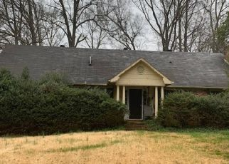 Pre Foreclosure in Charlotte 28211 RONDA AVE - Property ID: 1648480860