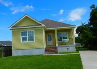 Pre Foreclosure in New Orleans 70126 ODIN ST - Property ID: 1648608295