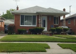Pre Foreclosure in Eastpointe 48021 STRICKER AVE - Property ID: 1648948160