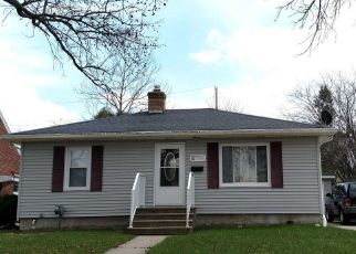 Pre Foreclosure in Lansing 48910 FAIRFAX RD - Property ID: 1649162783