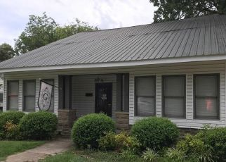 Pre Foreclosure in Fayette 35555 COLUMBUS ST W - Property ID: 1649286732