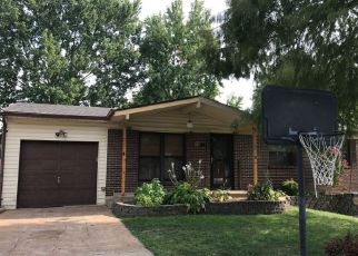 Pre Foreclosure in Arnold 63010 FLORIDA DR - Property ID: 1649401475