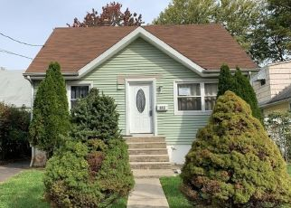 Pre Foreclosure in Linden 07036 BOWER ST - Property ID: 1649477237