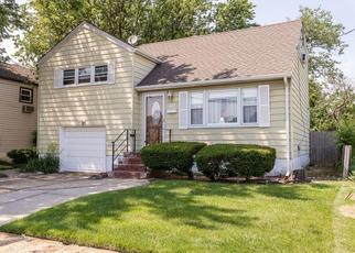 Pre Foreclosure in Freeport 11520 NORTON ST - Property ID: 1649591554