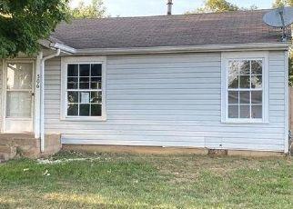 Pre Foreclosure in De Soto 63020 DONNA DR - Property ID: 1649633604