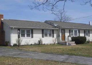 Pre Foreclosure in Gettysburg 17325 HANOVER RD - Property ID: 1649848198