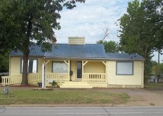 Pre Foreclosure in Tulsa 74107 S UNION AVE - Property ID: 1649996685
