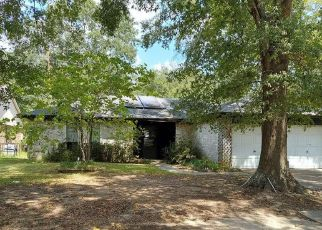 Pre Foreclosure in Spring 77373 CROOKED POST RD - Property ID: 1650016835