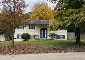 Pre Foreclosure in Knoxville 37923 ROUNDTREE RD - Property ID: 1650076837