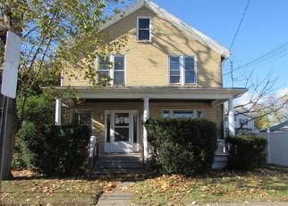 Pre Foreclosure in Pittston 18643 WASHINGTON ST - Property ID: 1650298890