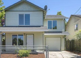 Pre Foreclosure in Portland 97266 SE 84TH AVE - Property ID: 1650406625